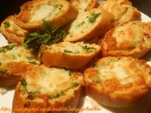 طريقة عمل خبز بالثوم و الجبن بيتزا هت