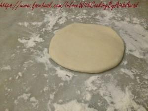 طريقة عمل خبز البوري بالصور و الخطوات