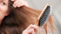 وصفة طبيعية لازالة القشرة من الشعر