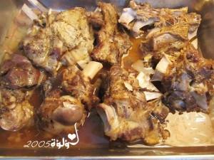 1026 300x225 طريقة عمل مندي اللحم بالفرن بالصور