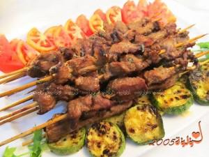 طريقة عمل ساتيه اللحم المشوي بالصور :