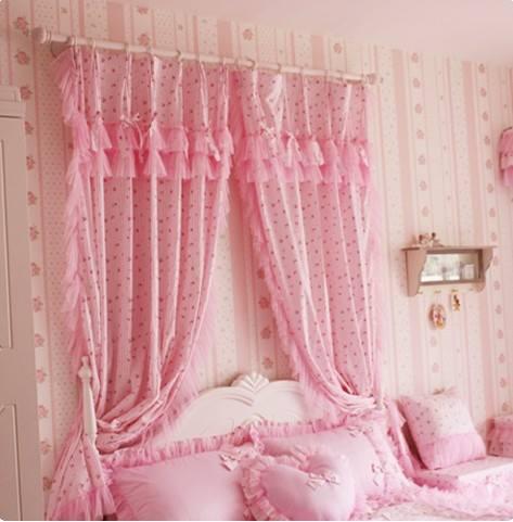 صور ستائر باللون الوردي