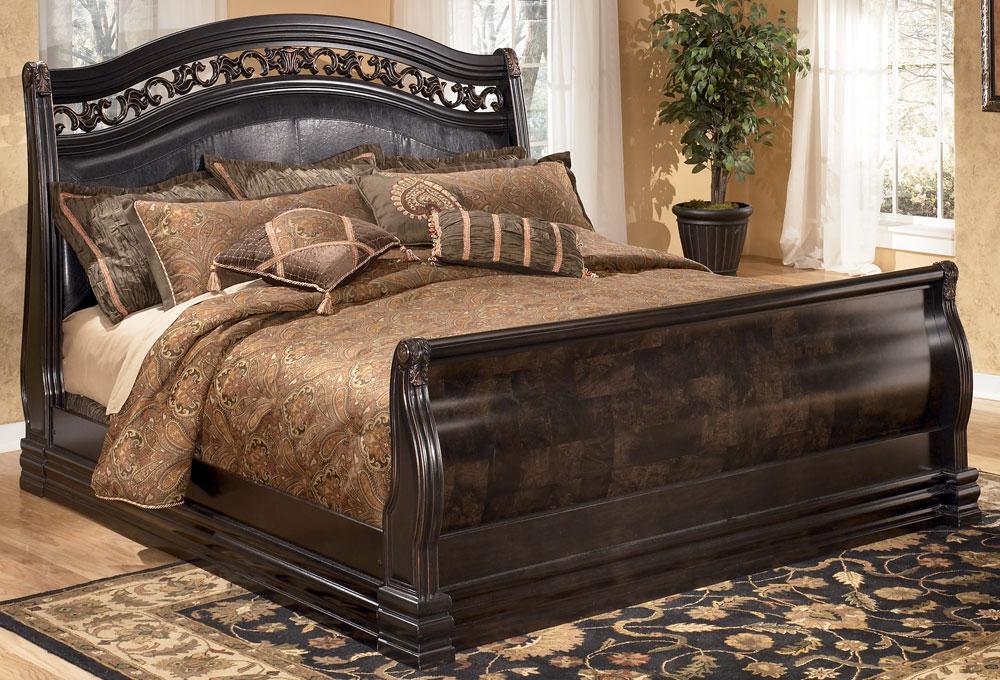 تصميمات لسراير غرف نوم من الخشب بيتى مملكتى