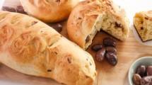 طريقة عمل خبز الزيتون الهش