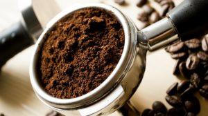 4 إستخدامات منزلية للقهوة المطحونة