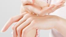طرق تبييض اليدين و تنعيمهما