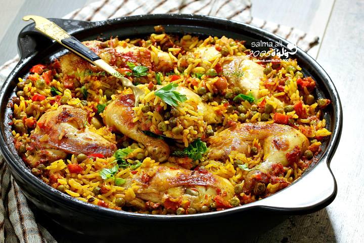 طاجن الدجاج و البسلة و الأرز