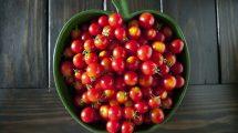 طريقة تفريز الطماطم الكرزية