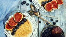 الشوفان بالحليب و العسل للإفطار