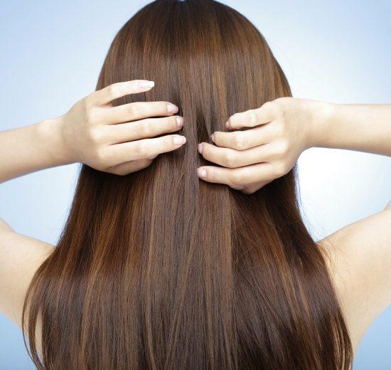 طريقة غسيل الحناء من الشعر