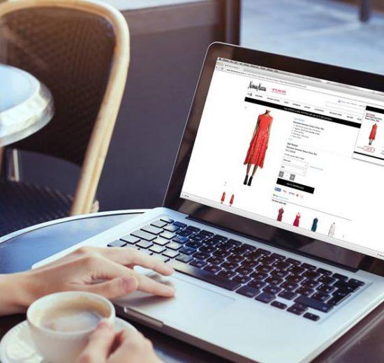 نصائح قبل شراء الملابس من الإنترنت