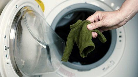 خطوات لإصلاح انكماش الملابس بعد الغسيل