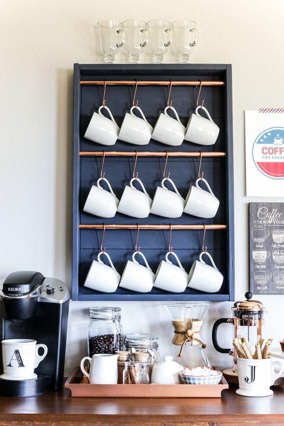 طريقة تنظيم ركن المشروبات بالمطبخ