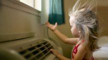 كيف تحمي طفلك من اضرار التكييف