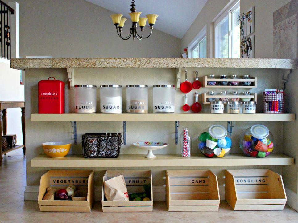 ترتيب المطبخ بطرق عملية و بسيطة و جعله أكثر إتساعا