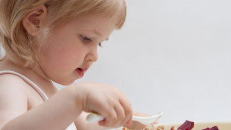 نصائح لتخطي مرحلة الفطام للطفل بسهولة