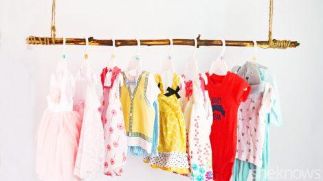 تعرفي على كيفية تنظيم دولاب ملابس الطفل بأحتراف