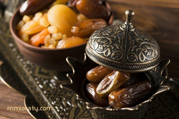 فوائد رجيم التمر والماء في رمضان