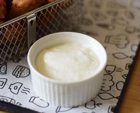 طريقة عمل الثومية بالنشا والحليب بيتى مملكتى